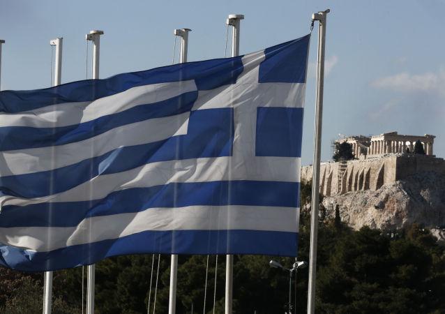 لرزه شناسان بزرگی زمین لرزه در حوالی یونان را 6.8 ریشتر اعلام کردند