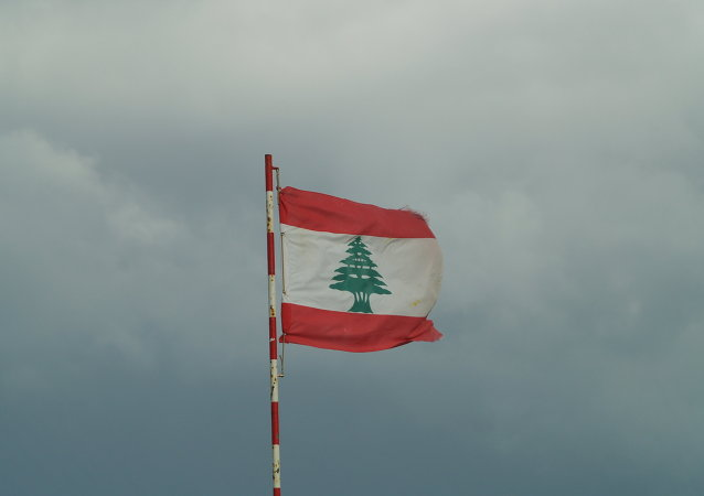 فرانسه گروهی از سیاستمداران در لبنان را تحریم می کند