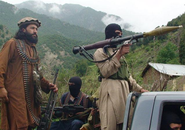 اشغال کندز توسط طالبان