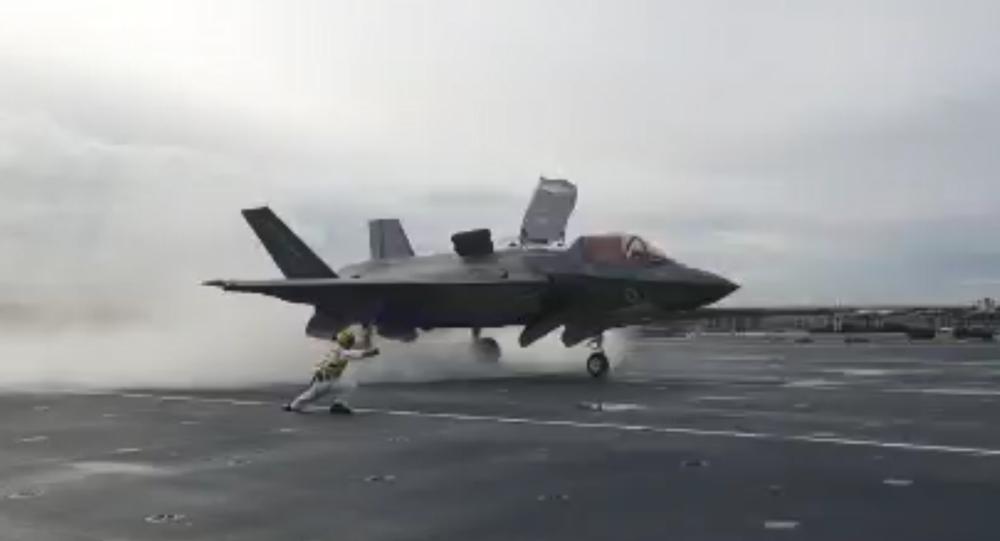 اسپکتیترانگلیس: آیا اف-35 سلاح مخفی پوتین است؟