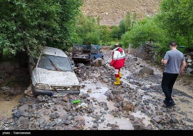 جان باختن ۵ نفر در پی سیل و آبگرفتگی در ایران