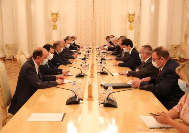 لاوروف: روسیه تمام تلاش خود را برای حفظ توافق هسته ای برجام با ایران انجام می دهد