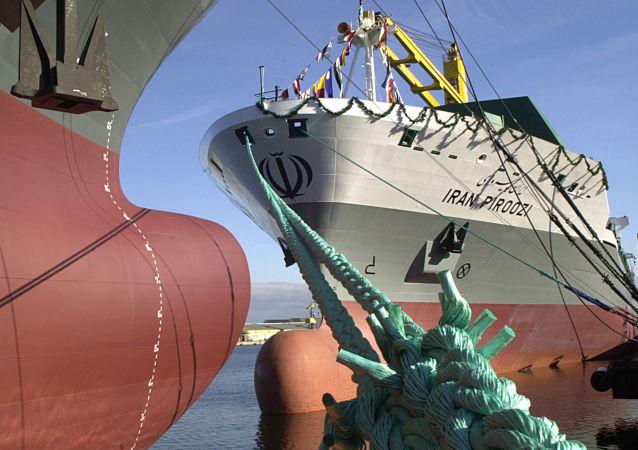 خطاب به آمریکا: نیروی دریایی ایران از زمان هخامنشیان در آبهای آزاد رفت و آمد داشت