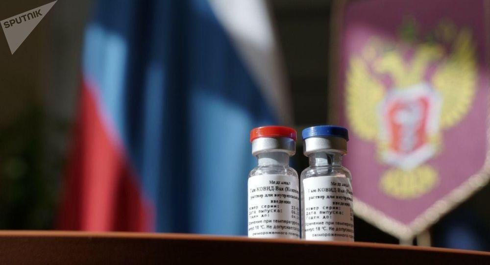 وزارت بهداشت روسیه: آزمایش واکسین اسپوتنیک وی متوقف نشده است