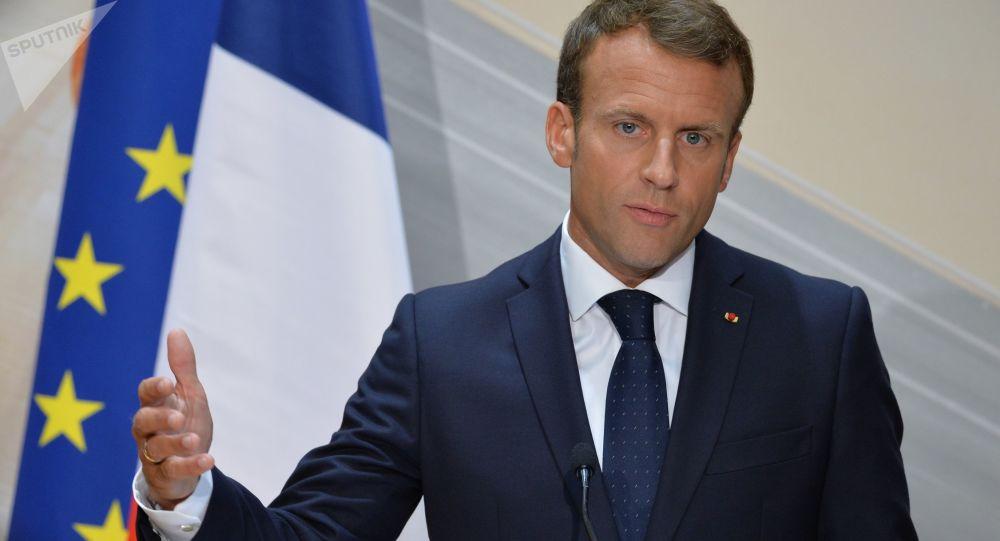 فرانسویها خواستار فاصله گرفتن از آمریکا و نزدیکی با روسیه شدند