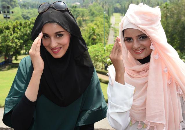 فینالیست های مسابقه زیبایی World Muslimah Awards در اندونزی