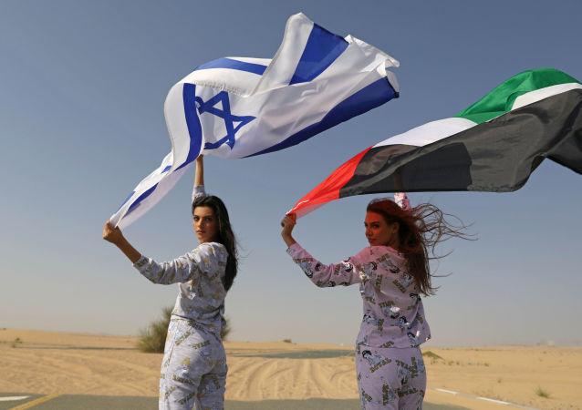 مدلهای اسرائیلی و اماراتی  در عکاسی برای برند مد کلکسیون شاهزاده « فیکس»  FIX's Princess Collection