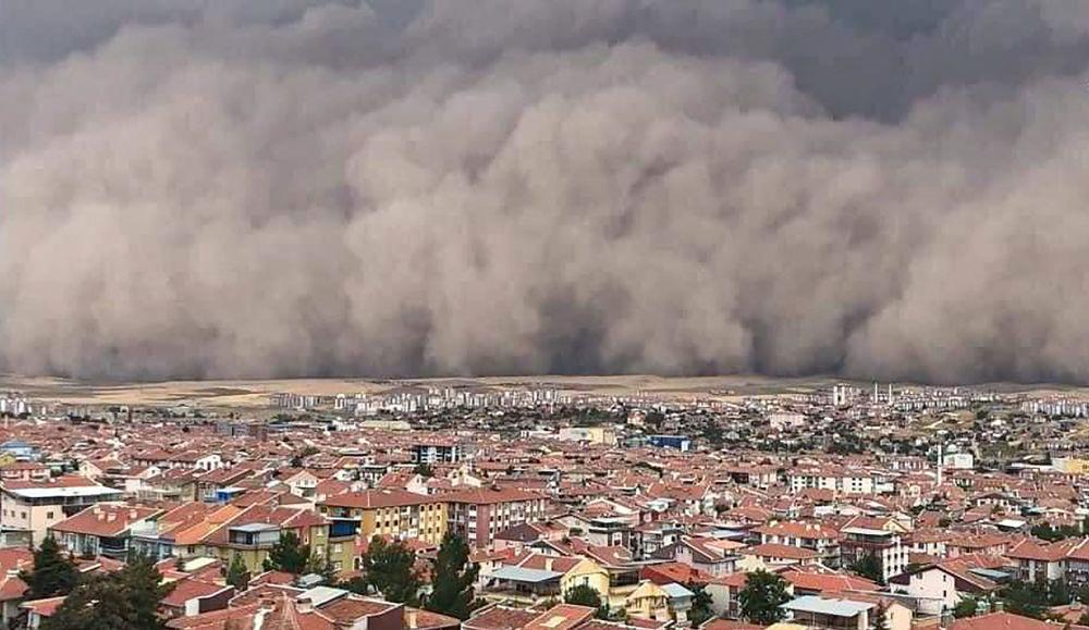 طوفان شن در آنکارا