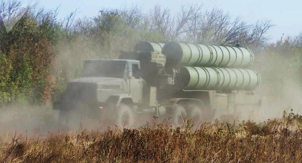 کارشناس روس: روسیه و پکن شرکای اصلی ایران پس از لغو تحریم های تسلیحاتی
