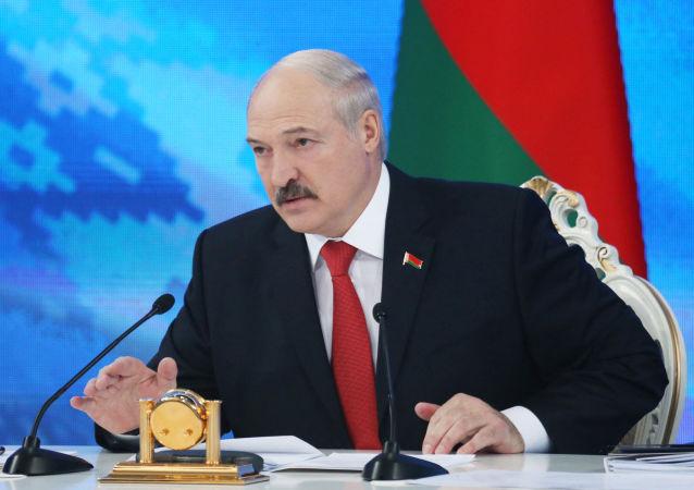 لوکاشنکو از تلاش برای تضعیف مرکز ارتباطات نیروی دریایی روسیه در بلاروس خبر داد