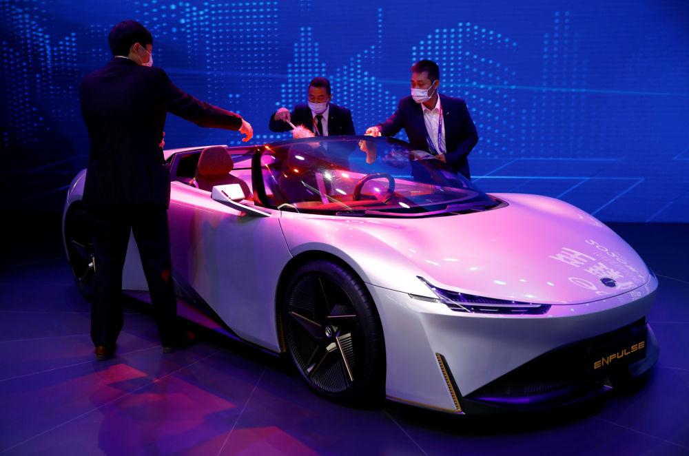 نمایشگاه بینالمللی خودرو در پکن خودروی جی ای سی انپلاس