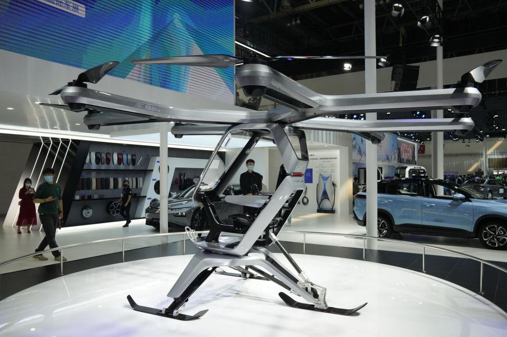 نمایشگاه بینالمللی خودرو در پکن خودروی کیویگوگو پرنده