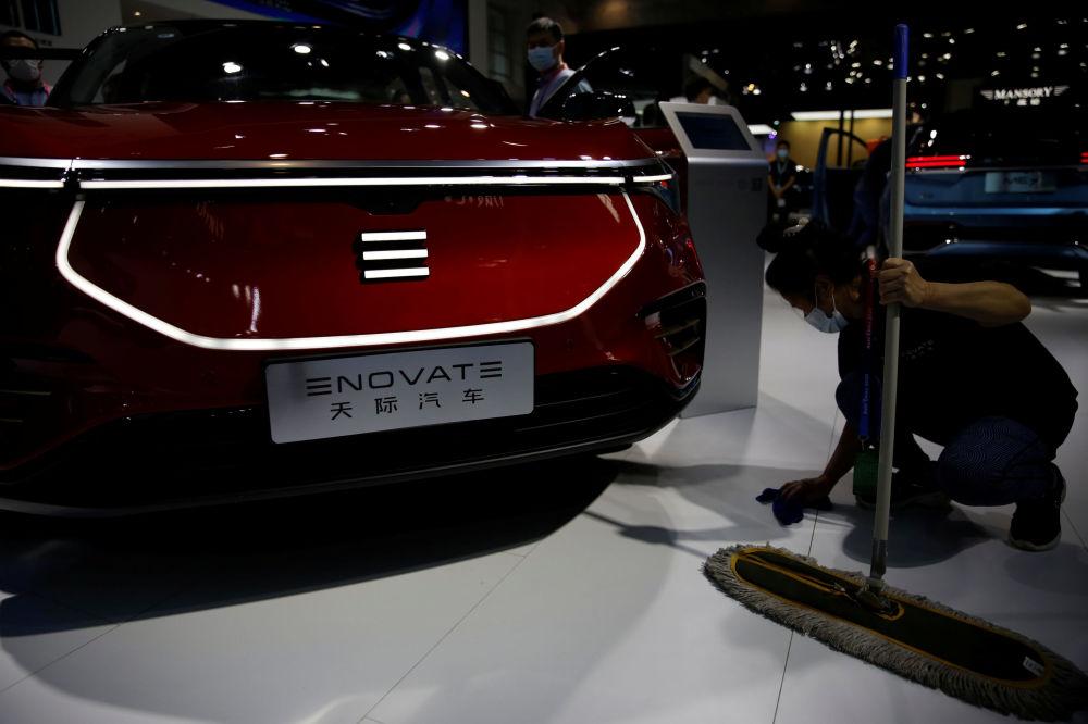 نمایشگاه بینالمللی خودرو در پکن خودروی نووات