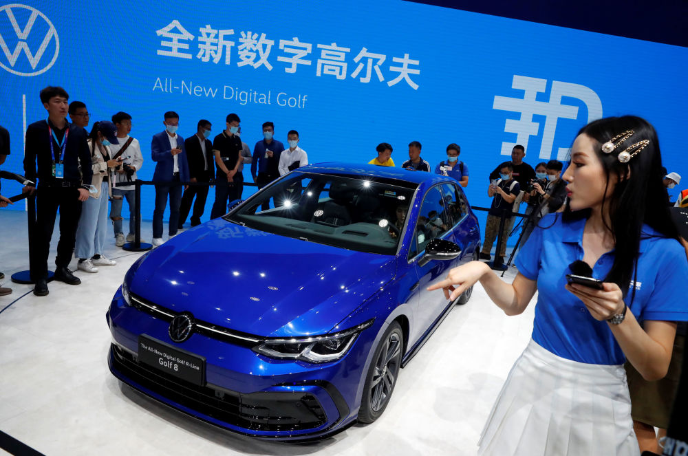 نمایشگاه بینالمللی خودرو در پکن فولکس واگن گلف 8