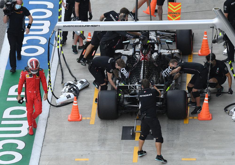 مسابقه خودرورانی فرمول 1 در سوچی چارلز لکلرز فراری