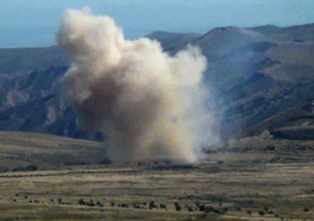 ارمنستان از حملات آذربایجان به قرهباغ با موشکهای اسرائیلی خبر داد