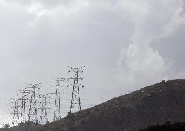 ۲ دکل انتقال برق ایران به عراق منفجر شد
