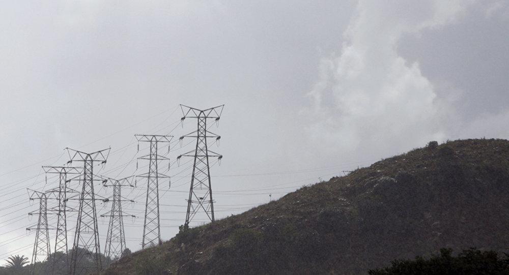 سخنگوی صنعت برق ایران: حداقل تا هفته ی آینده شرایط برق سخت است