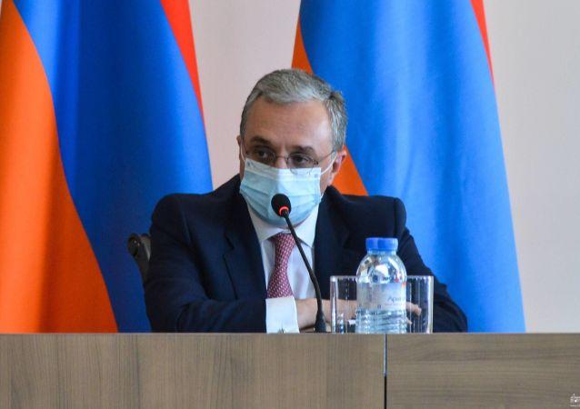 وزارت خارجه ارمنستان دیدار با همتای خود از باکو را تکذیب کرد
