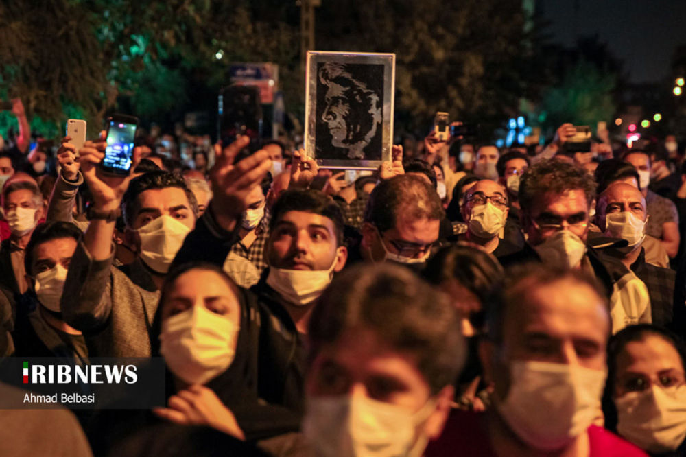 مراسم وداع  با محمد رضا شجریان، خواننده محبوب ایران زمین