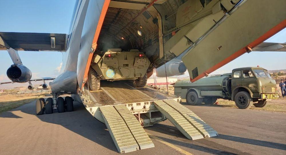 ارسال مجموعهای از تجهیزات نظامی روسیه به تاجیکستان