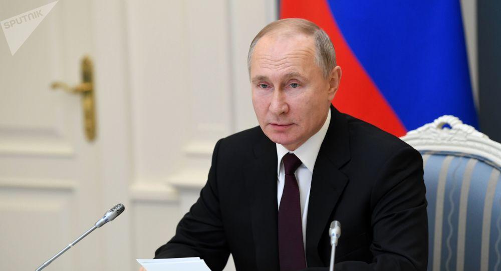 پوتین: روسیه در تولید واکسن ضد کرونا پیشتاز است