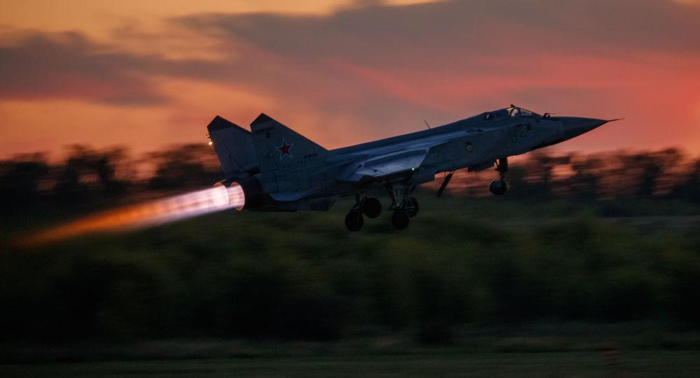 میگ-۳۱ روسیه برای مشایعت هواپیمای نروژی به هوا برخاست