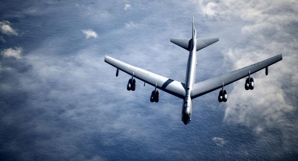 بمب افکن های بی-52 پروازی را نزدیک مرز ایران انجام دادند