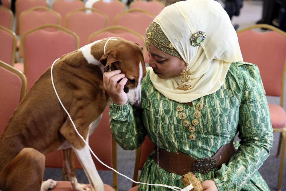 افسر بازنشسته پلیس با سگش در نیویورک