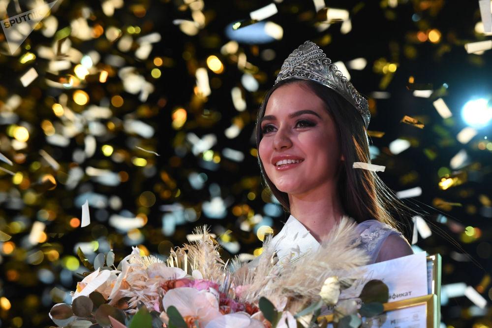 برنده مسابقه ملکه زیبایی تاتارستان ۲۰۲۱ دینا یونسوا
