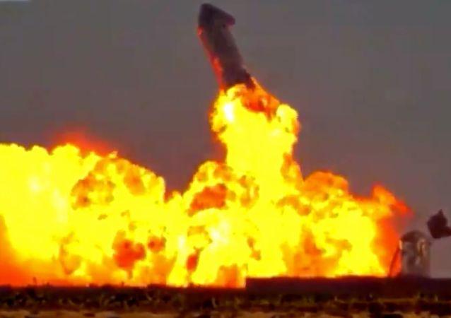 وقوع انفجار در یک سکوی استخراج در بخش آذربایجان در دریای خزر