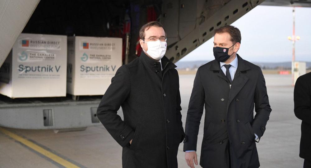 برکناری وزیر بهداشت اسلواکی بدلیل موضعش درباره اسپوتنیک وی