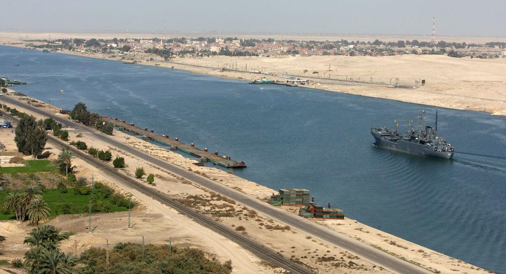 اعزام ارتش آمریکا برای کمک به کشتی به گل نشسته در کانال سوئز