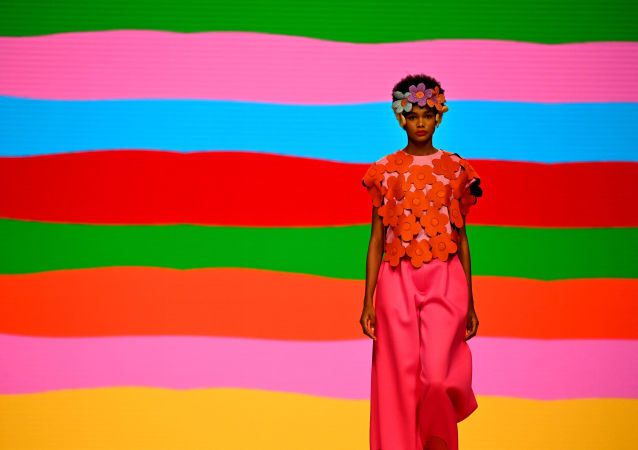 لباس فرم رفتگران در برند لوکس اسپانیایی به قیمت 300 هزار پوند