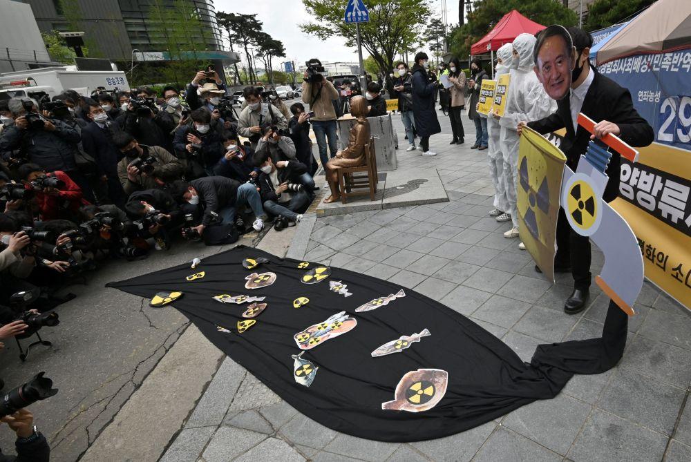 اعتراضات به دلیل تصمیم دولت جهت ریختن آب های آلوده فوکوشیما به اقیانوس سئول کره جنوبی