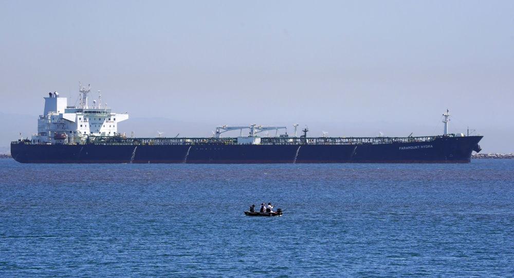 هشدار وزارت خارجه آمریکا نسبت به تعاملات نفتی با ایران