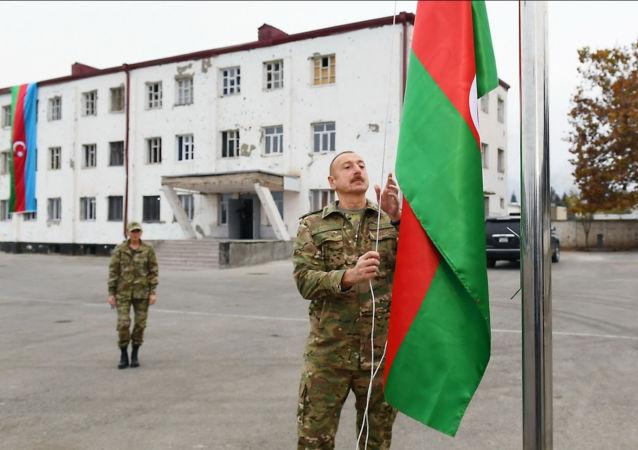 آذربایجان در چاه اسرائیل نیفتد