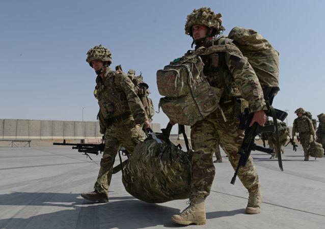 آمریکا برای جلوگیری از درگیری با ترکیه و ایران از عراق خارج می شود