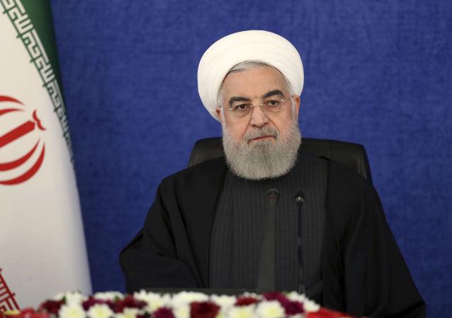 روحانی: نبود تحریم ها، خدمات دولت به مردم را چند برابر می کرد