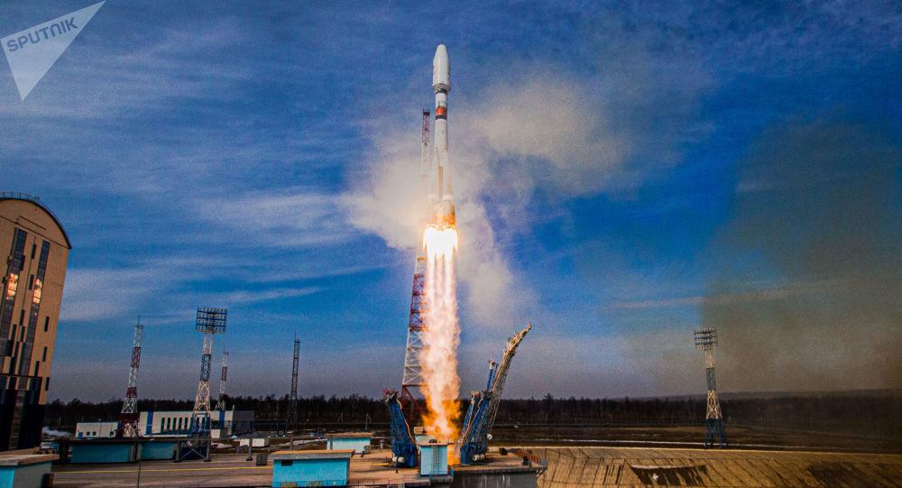 روسیه 36 ماهواره OneWeb را به مدار زمین پرتاب کرد