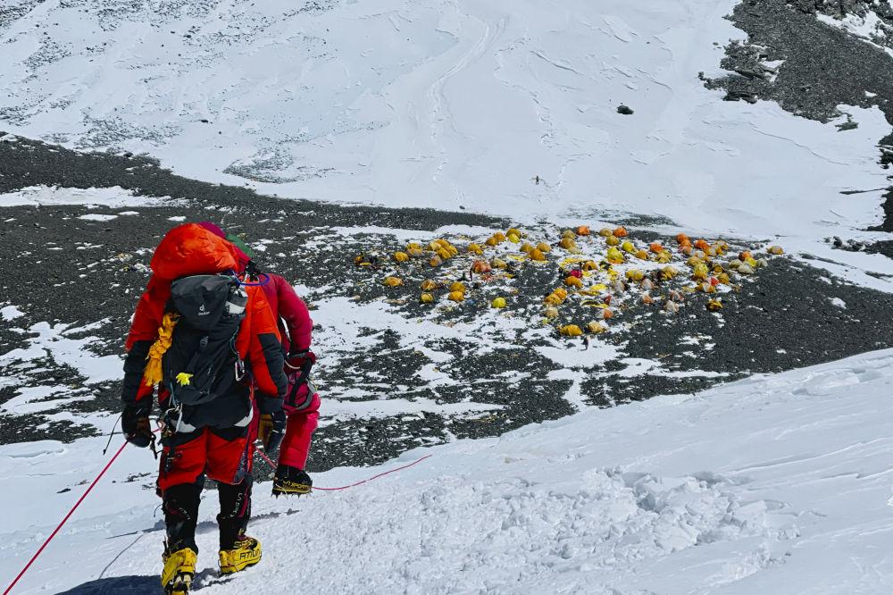 صعود به قله اورست در نپال
