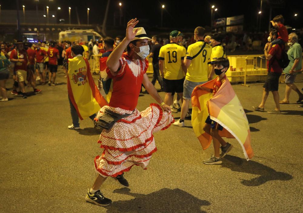 هواداران جام ملت های اروپا 2020 میلادی بازی اسپانیا - سوئد