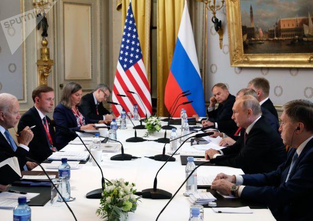 بایدن از توافق روسیه و آمریکا برای همکاری در مورد ایران خبر داد