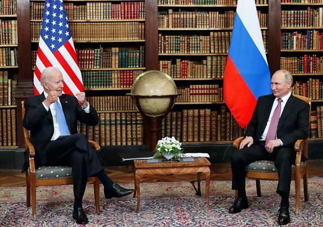 پیشنهاد پوتین به رئیس جمهور آمریکا در خصوص افغانستان