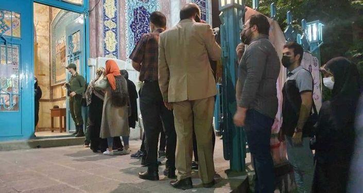 زمان رای گیری انتخابات ایران تا ساعت 24 تمدید شد