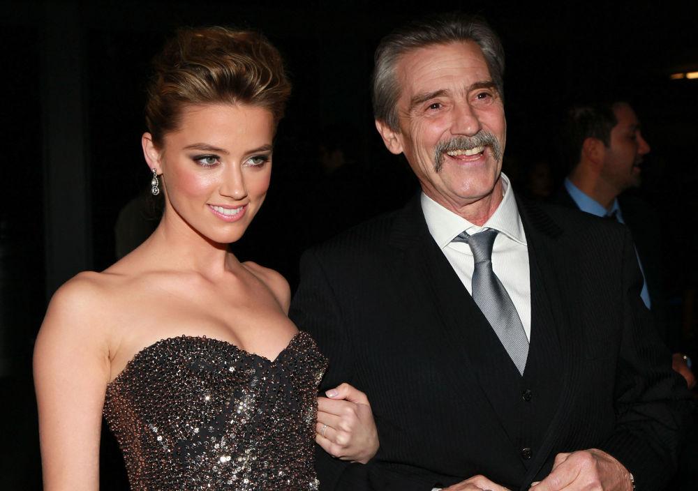 هنرپیشه امبر هارد و پدرش