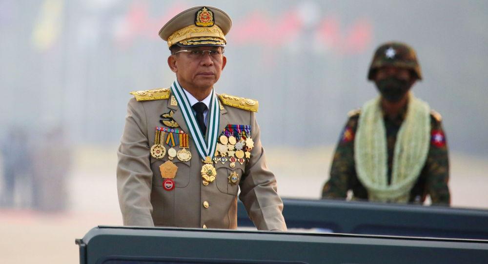 مین آنگ هلاین فرمانده کل نیروهای مسلح میانمار