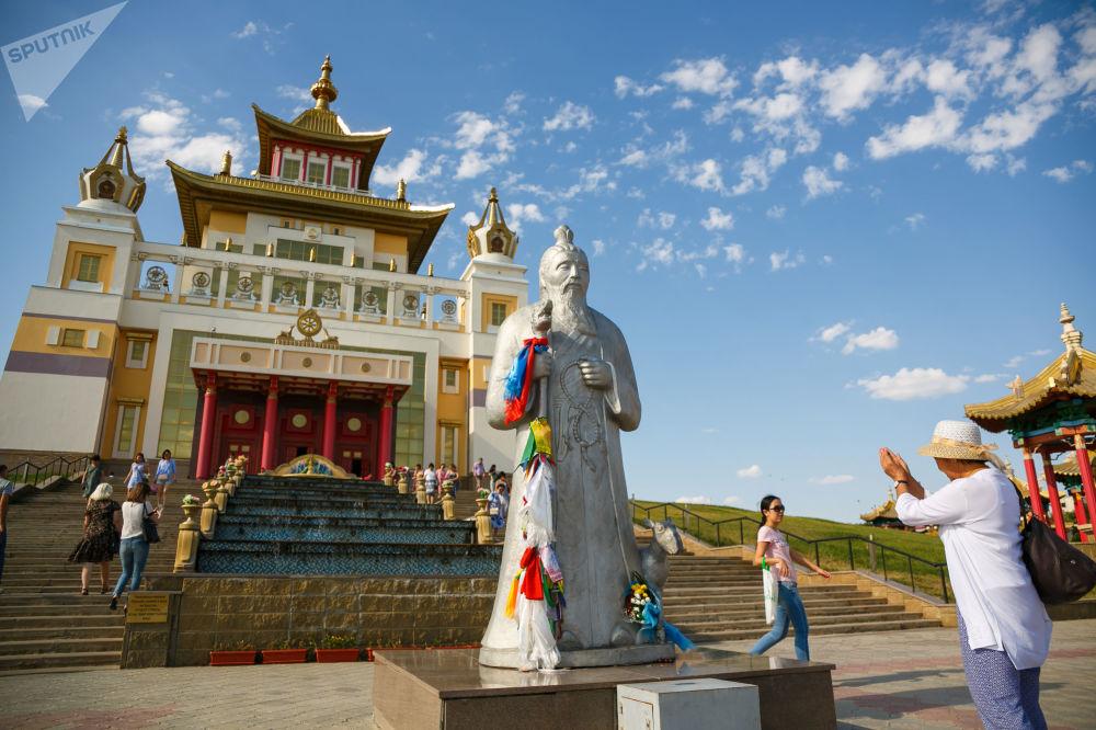 شهرهای زیبای روسیه از نظر خارجیان شهر «الیستا»ی روسیه