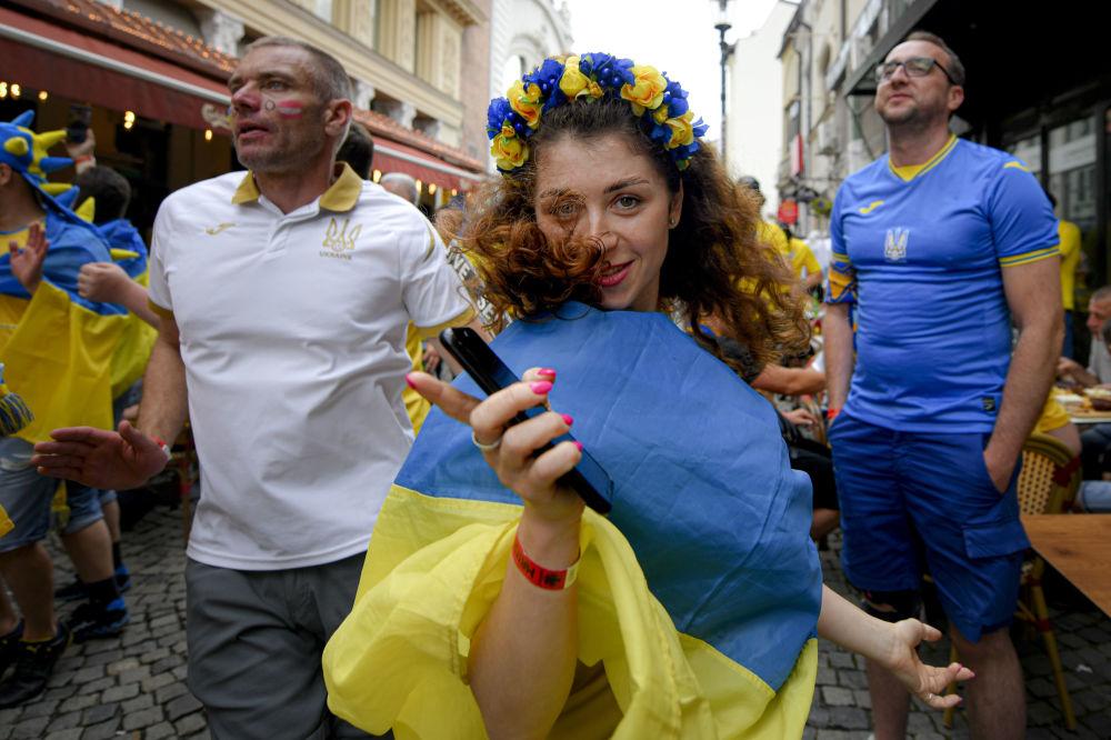 طرفداران تیم فوتبال اوکراین در مسابقات یورو ۲۰۲۰