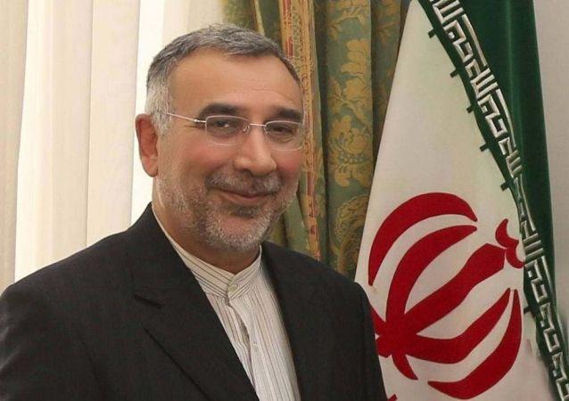 رایزنی نماینده ویژه وزیر خارجه ایران با حامد کرزای درباره آخرین تحولات فغانستان